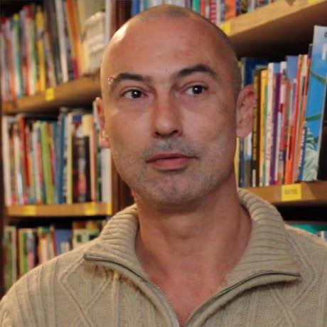 Gérard, libraire de voyage à Lille
