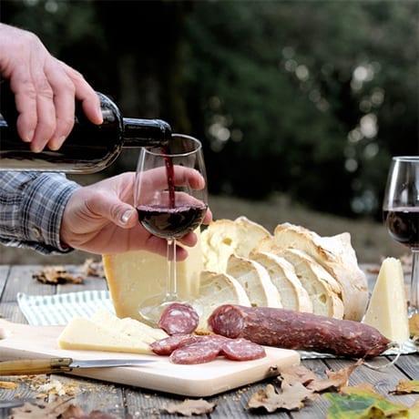 Pain Vin Fromage Saucisson