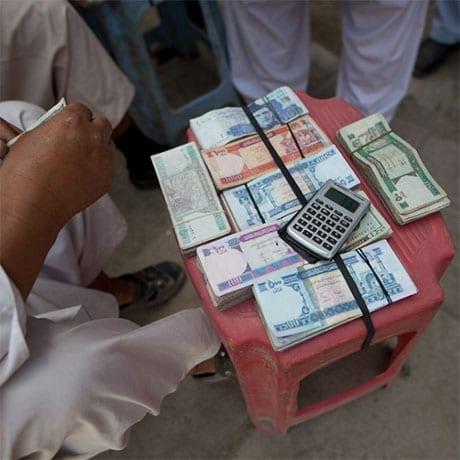 Changer son argent dans la rue