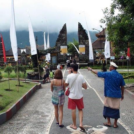 Guide en Indonésie