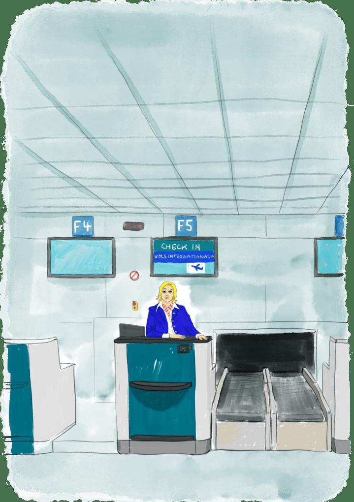 Femme suspicieuse au comptoir du check in de l'aéroport